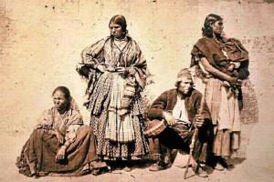 Familia gitana. Considerada la primera imagen de gitanos andaluces, fechada entre 1860-1863