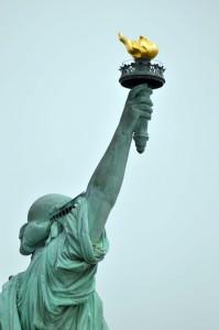 antorcha estatua libertad