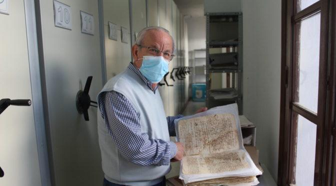 GABRIEL FLORES: UNA JUBILACIÓN ENTRE LEGAJOS DE LA HISTORIA DE VERA